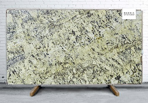 Splendor Polished Granite Slab Random 1 1/4