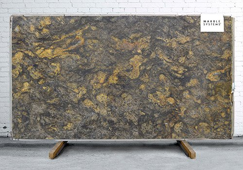 Cianitus Polished Granite Slab Random 1 1/4